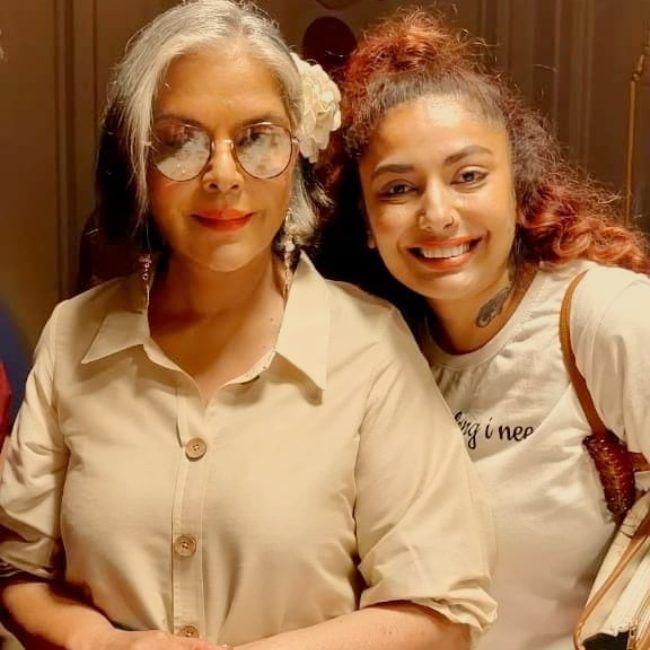 Diandra Soares as seen smiling with Zeenat Aman in 2021
