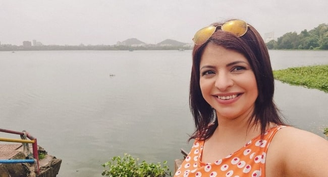 Jennifer Mistry Bansiwal as seen while taking a selfie at Powai Lake in Mumbai, Maharashtra in August 2021