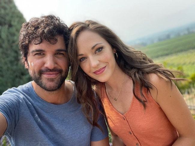 Laura Osnes in a selfie with Juan Pablo Di Pace in Kelowna, British Columbia