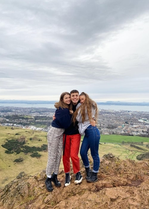 Max Harwood smiling in a picture with Hannah Rebecca (Right) and Jesse McMahon in Edinburgh, United Kingdom