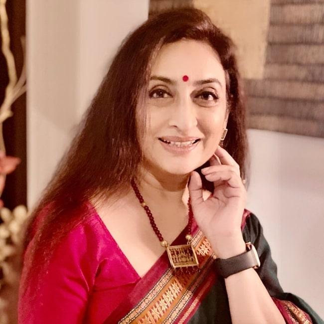 Navni Parihar as seen while smiling for the camera in Mumbai, Maharashtra
