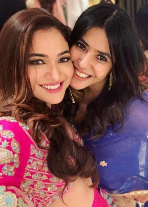 Ridhima Pandit (Left) smiling in a selfie with Ekta Kapoor