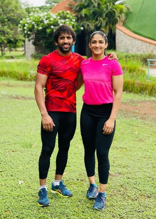 Sangeeta Phogat in a picture with her husband freestyle wrestler Bajrang Punia in May 2021