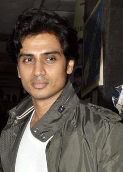 Shiv Panditt as seen while promoting 'Shaitan' in 2011