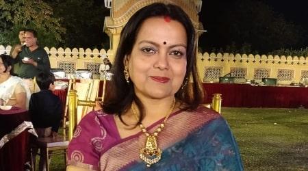 Sushmita Mukherjee Height, Weight, Age, Body Statistics