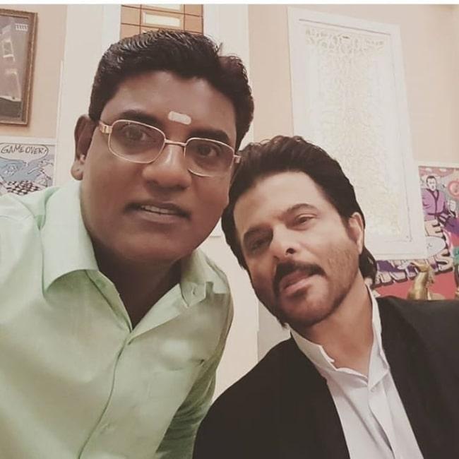 Tanuj Mahashabde (Left) as seen while clicking a selfie with Anil Kapoor in Mumbai, Maharashtra