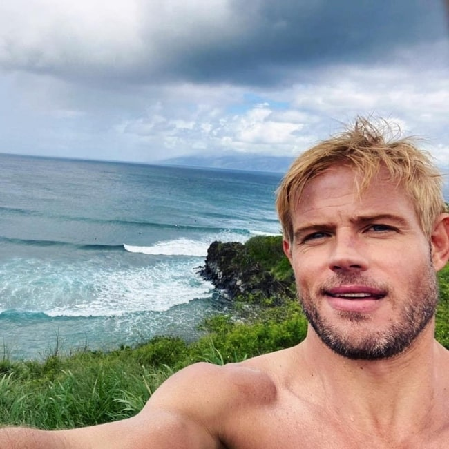 Trevor Donovan as seen while taking a shirtless selfie in Maui, Hawaii in April 2021