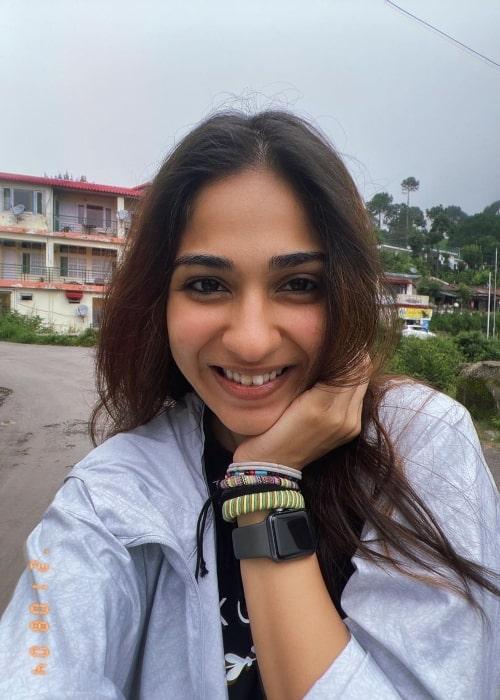 Vidhi Pandya as seen while smiling in a selfie in Kasauli, Himachal Pradesh, India