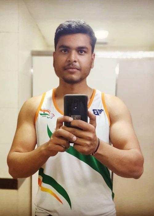 Yogesh Kathuniya as seen in a selfie that was taken in Jawaharlal Nehru Stadium, Delhi in March 2019