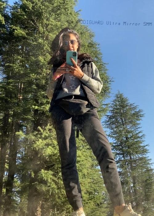 Ayesha Khanna as seen in a selfie that was taken in Fagu Top, Shimla, Himachal Pradesh in September 2020