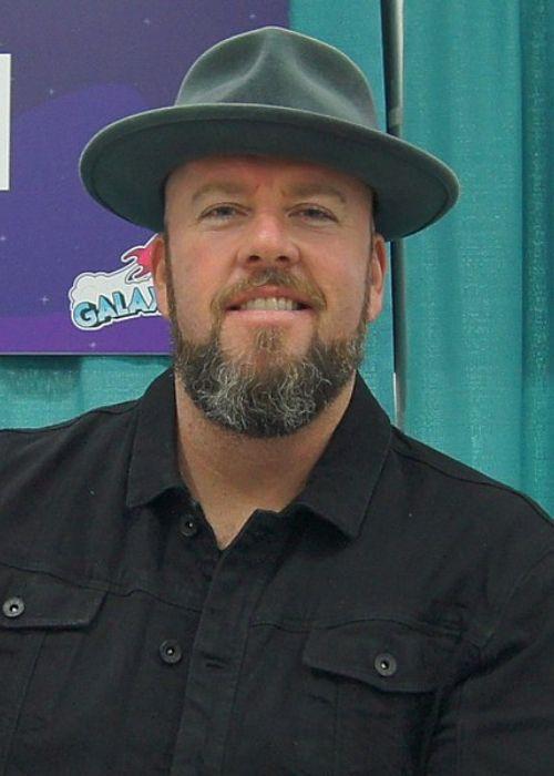 Chris Sullivan seen at the GalaxyCon Louisville in 2019