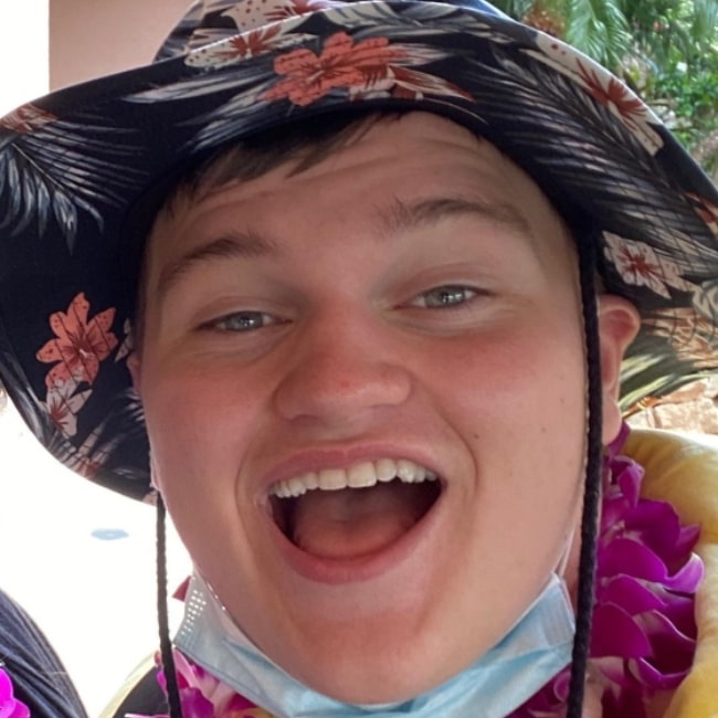 Connor Cain in May 2021 enjoying his dream vacation in Maui in Hawaii