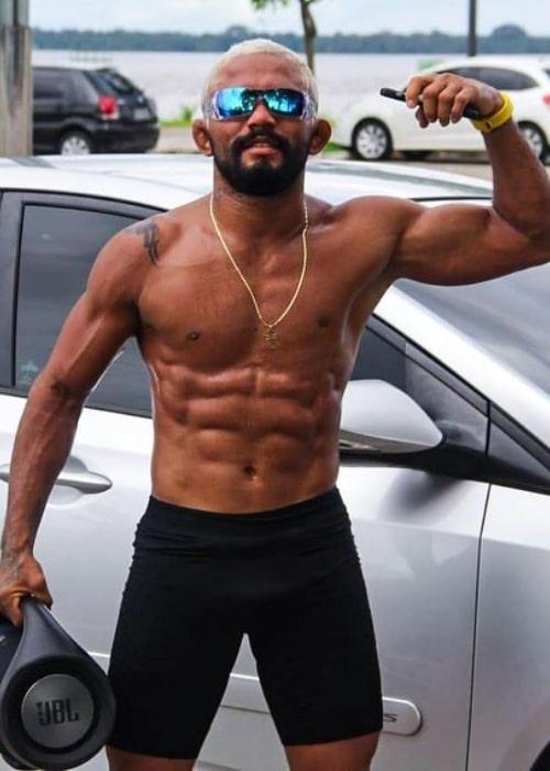 Deiveson Figueiredo as seen in an Instagram Post in April 2020