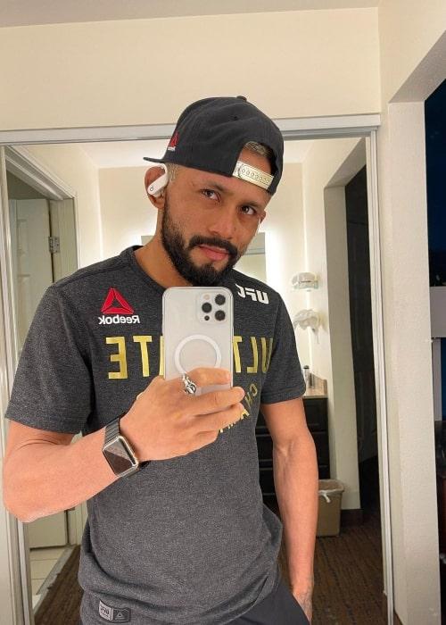 Deiveson Figueiredo as seen in an Instagram Post in November 2020