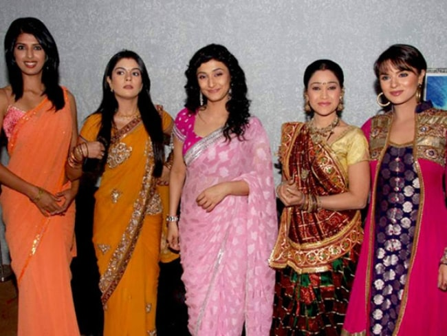 From Left to Right - Aishwarya Sakhuja, Pooja Gaur, Ragini Khanna, Disha Wakani, and Aashka Goradia as seen on the sets of Kaun Banega Crorepati