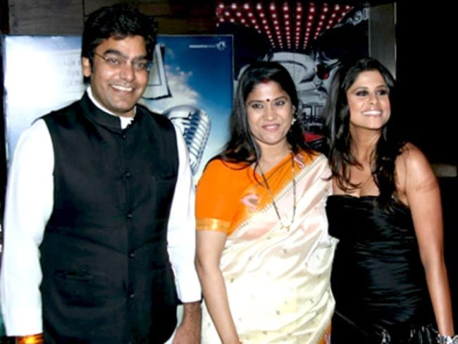 From Left to Right - Ashutosh Rana, Renuka Shahane, and Sai Tamhankar as seen at the premiere of Marathi film 'Mission Possible' in 2012