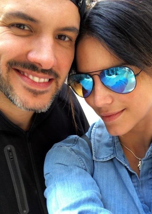 Gaby Espino as seen in a selfie with actor Alejandro de la Madrid in March 2021
