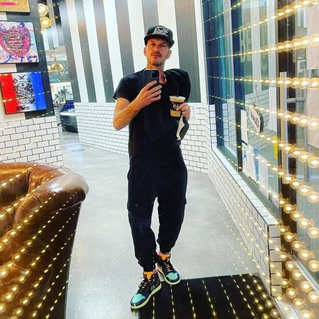 Jason Landau as seen in a selfie that was taken in May 2021