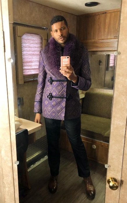 Jeffrey Bowyer-Chapman as seen while taking a mirror selfie in October 2019
