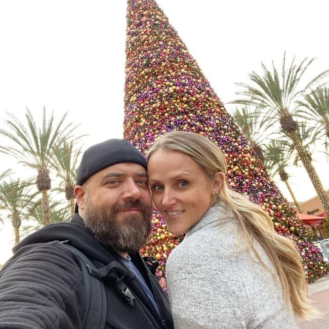 Jinger Olinselot as seen in a selfie that was taken with her beau Carl in November 2019