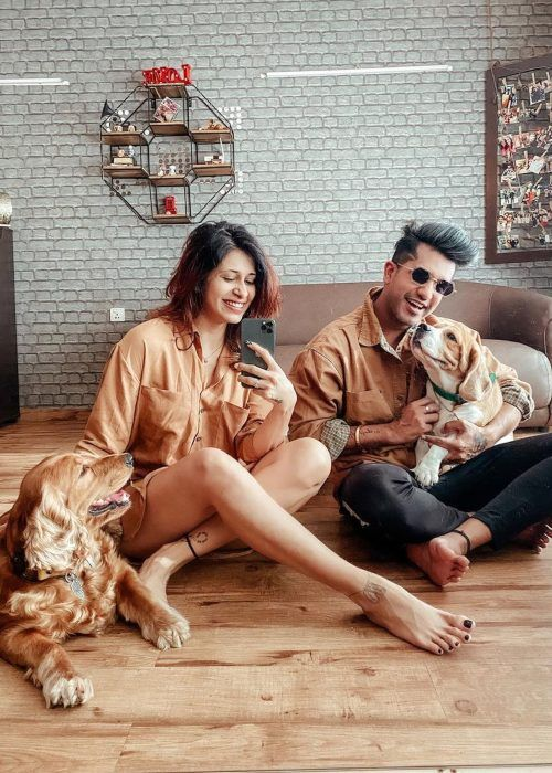Kishwer and Suyyash as seen together with their pets in March 2020
