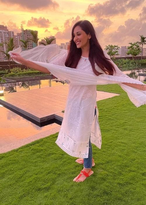 Pooja Chopra enjoying a sunset in June 2021