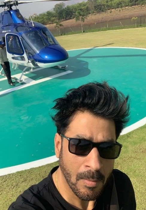 Rajat Bedi as seen in a selfie