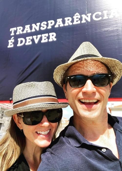 Seamus Dever smiling in a selfie with Juliana Dever in September 2021