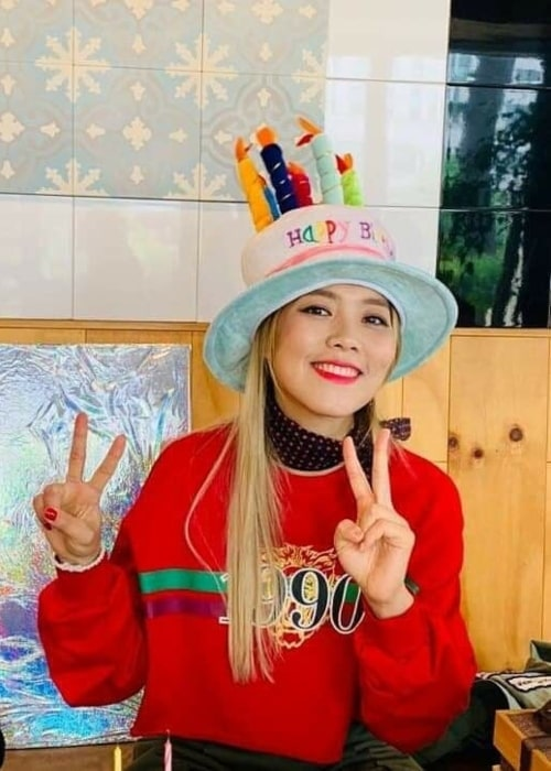 Sohyang as seen in a picture that was taken on the day of her birthday in the past