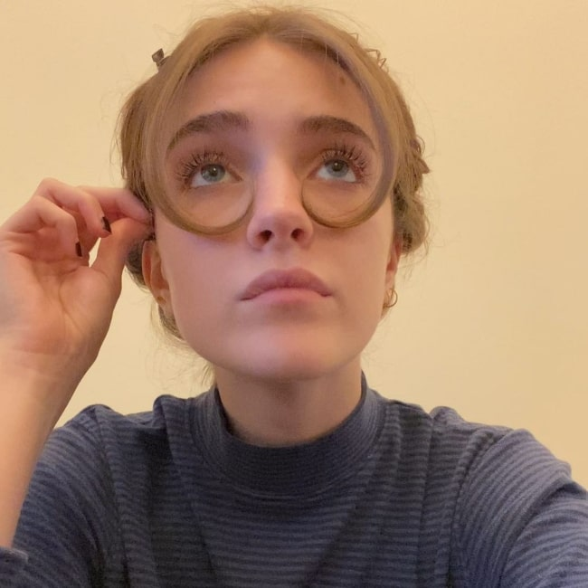 Talia Ryder in April 2021 wearing hair glasses