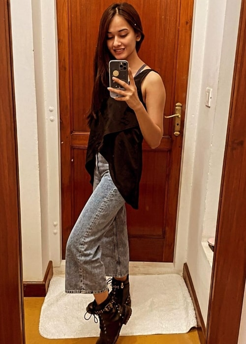 Virti Vaghani as seen in a selfie that was taken in February 2021
