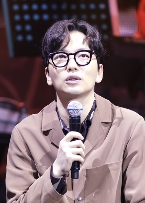 Lee Dong-hwi at 'Reply 1988' concert in March 2016