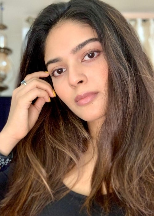 Vaibhavi Shandilya as seen while clicking a selfie in Mumbai, Maharashtra in May 2021